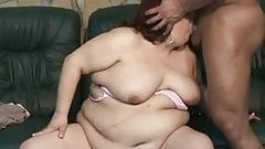 BBW slut fucked by bodybuilder