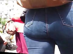 Big Ass Jeans walking