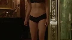 Jen's flat tummy and sexy hips