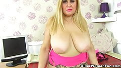 Very nangi hot boob poto