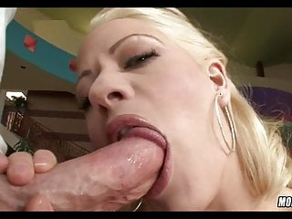 Rich Blonde Mom wants a Cock today