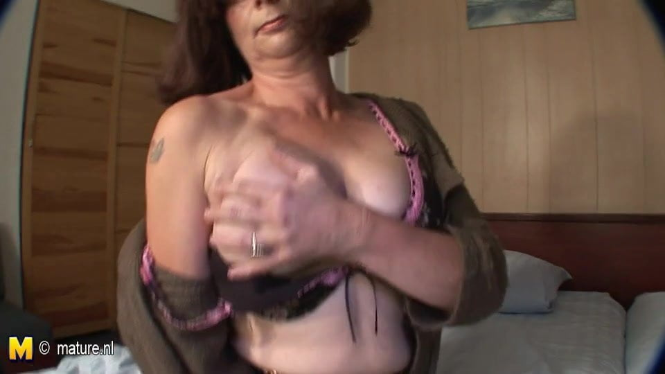 video Free shaved mature