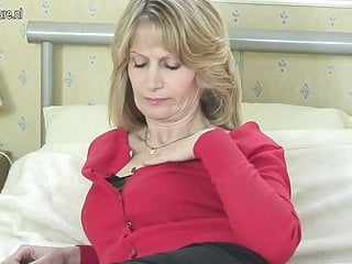 Perfect Mature Mother Needs Hard Cock