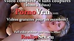 Squirting blonde baisee comme