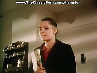 How to seduce a woman fuck - How to seduce professor in classic porn movie