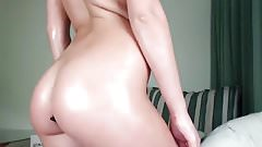russian cam-slut and a butt-plug