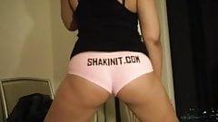 Ashley shakin her bubble butt