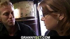 He brings boozed woman home for dirty sex