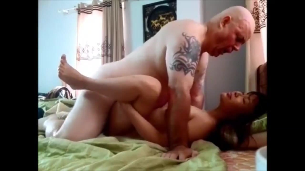 Free download & watch chinese cheating wife gets cum         porn movies