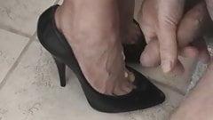 cum on black highheel pumps