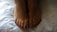 Wife's Pretty Feet: Massive cumshot on her pretty black toes