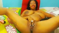 Black fat colombian slut shows her hairy pink cunt
