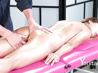 Yonitale: hot massage and licking with beautiful blond