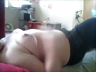 Thick Chick rubbing one out