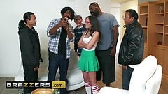 Teens like it BIG - Gia Paige Jordi El Nino Polla - Be More