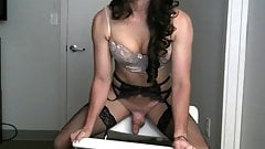DILDO HOT TIGIRL