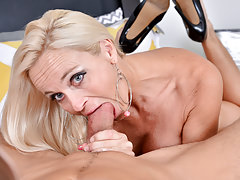 Dani Dare's mature pussy wants a hard cock