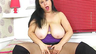 English milf Sabrina puts her big tits to good use