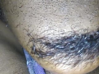 Black MILF gets pussy licked - Close up