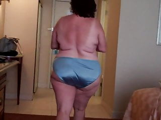 Download video bokep Mature BBW DW readies for GangBang FUN!!! Mp4 terbaru
