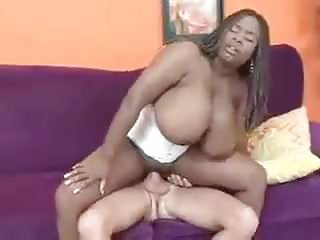 Busty Mianna whit Corset and white Dick