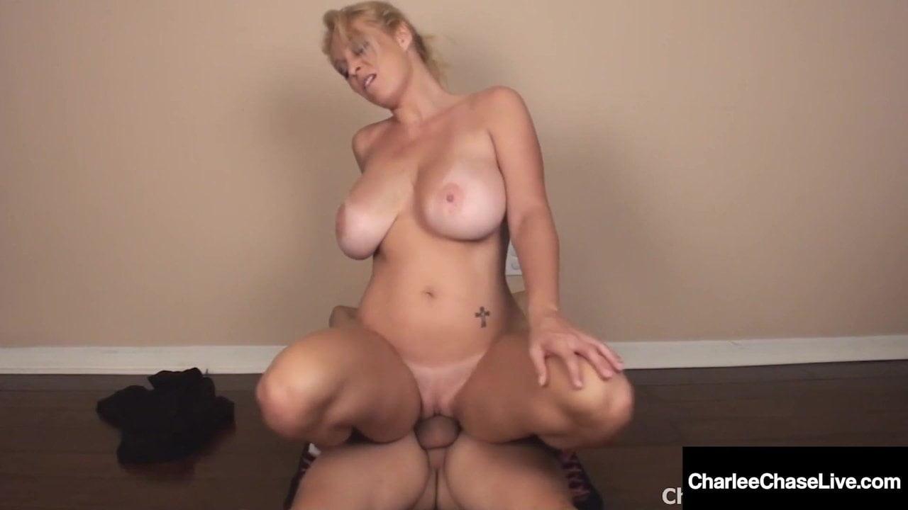Domácí zralé MILF porno