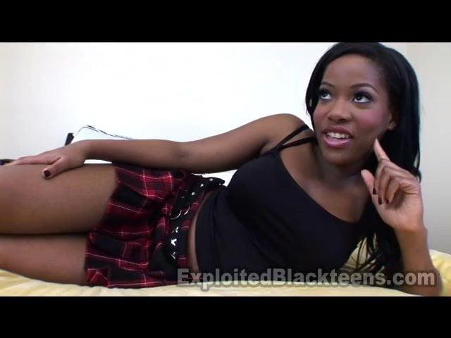cute black girl ass