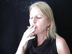 Smoking Claudia