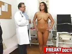 Clinic fetish with Czech brunette Ella's Thumb