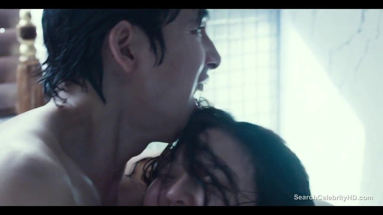 Innocent Sex Scene so-young park and esom nude - scarlet innocence