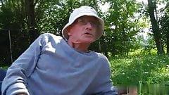 Oldman John fuck girl outdoor2