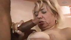 Nude curvy ladies