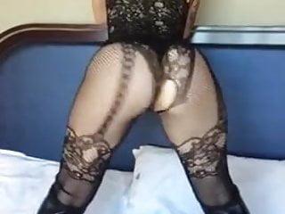 Beautiful lady shaking her amazing ass