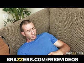 Brazzers - Big-tit MILF doctor fucks her patient