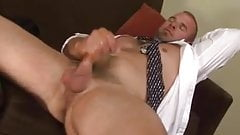 Beefy Guy Jerks Off & Cums