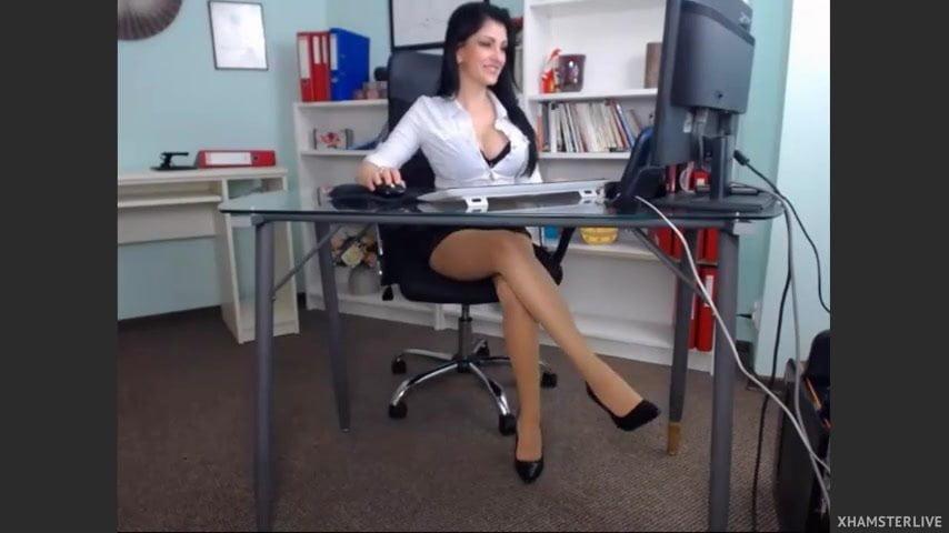 russkiy-ofis-video-miss-vselennoy