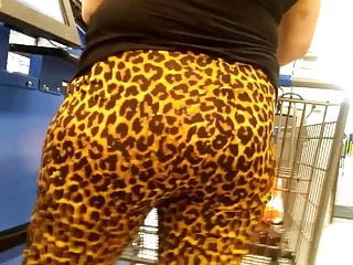 Candid leopard print pawg booty waiting in line 2