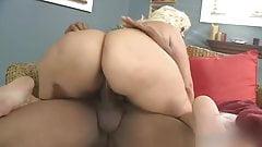 Sexy thick latina