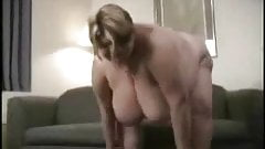 bbw  blonde girl fingers her cunt