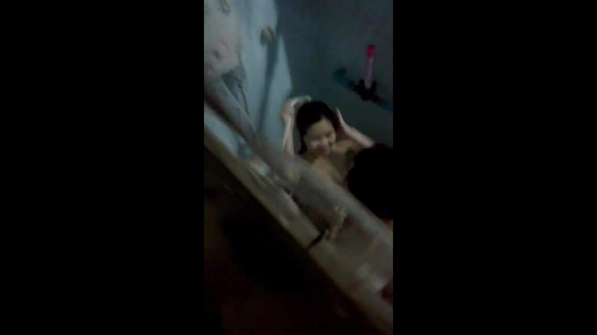 Thai Teen Spy Bathe Couple