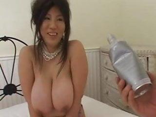 Download video bokep Seri Ishiguro breaks eggs with her huge boobs Mp4 terbaru