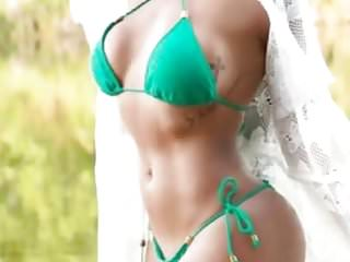 Latin Women,(I want to know what love is)Compilation