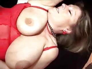 Fat mom masturbates and fucks on the bed