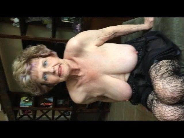 Free download & watch granny bella            porn movies