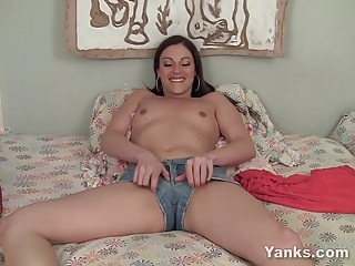 Yanks Brunette Samantha Ryan Big Tease