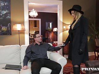 Espía Secreto Atravesada por el Culo - Anna Polina