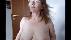 Mature woman webcam