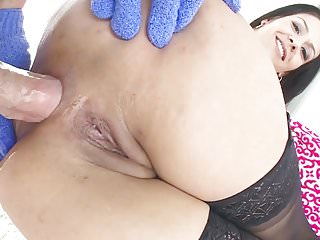 Samia Duarte wants fat dick up to her big ass