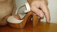 Daugh's beige sandals toe fucked and cummed