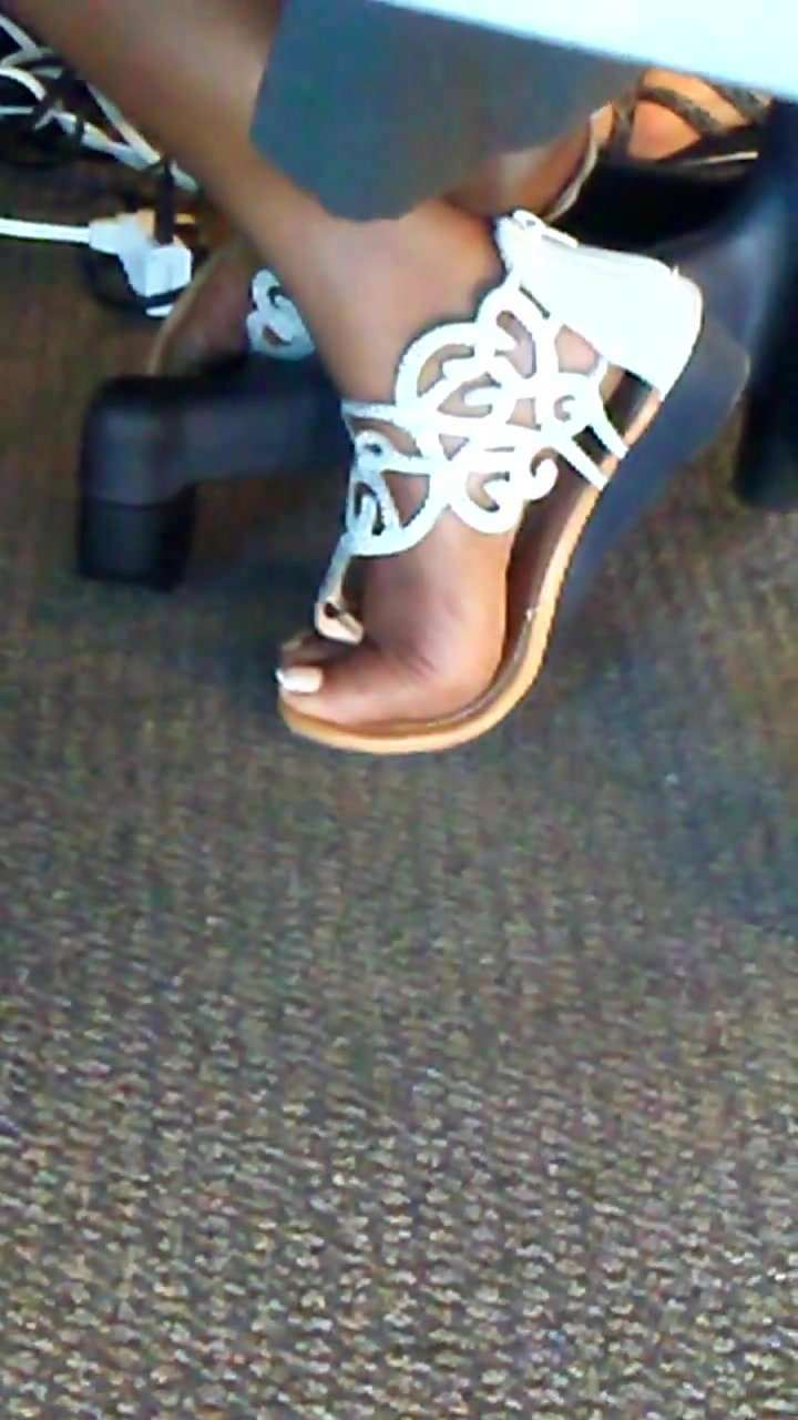 Candid Ebony Mature Office Feet pt 1